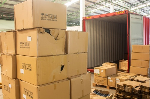 How to prevent damaged packaging during transit