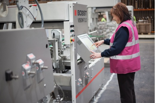Bobst Visionfold being used by Belmont Packaging staff